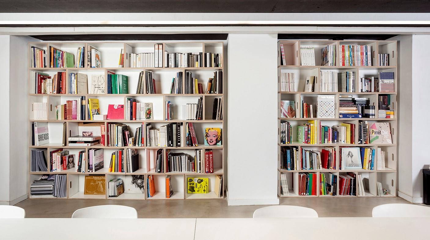 Muebles modulares para la oficina brickbox estanterias - Muebles estanterias modulares ...