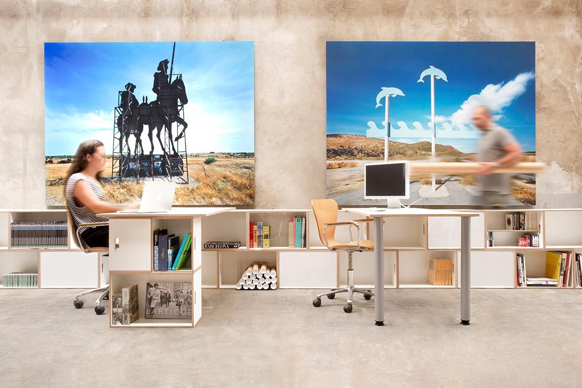 Muebles modulares para la oficina brickbox estanterias for Muebles de oficina que cuenta es